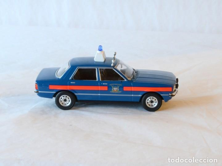 Coches a escala: Vanguards VA11901 Ford Cortina MKIV Police 1:43 Lledo Corgi - Foto 9 - 236985760