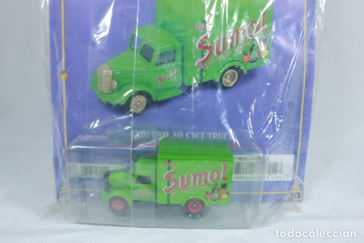 Coches a escala: Sumol - Corgi - En su embalaje original y sin abrir - incluye fascículo - Para coleccionistas - Foto 3 - 240160630