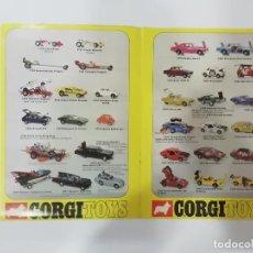 Auto in scala: CORGI TOYS - AÑO 1972 - CATÁLOGO A TODO COLOR, EN INGLÉS -(L). Lote 240635900