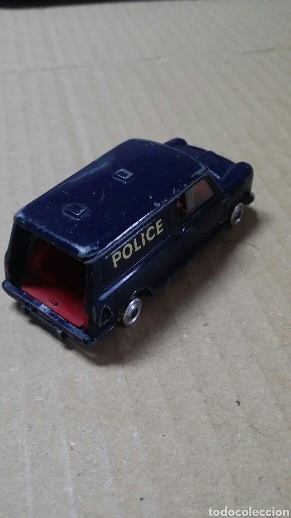 AUSTIN MINI-VAN CORGI TOYS.POLICE. (Juguetes - Coches a Escala 1:43 Corgi Toys)