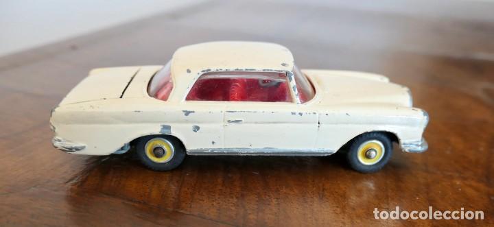 Coches a escala: 1960s Corgi Toys Mercedes-Benz 220 SE Coupé - Nº 230 - Foto 4 - 278208383