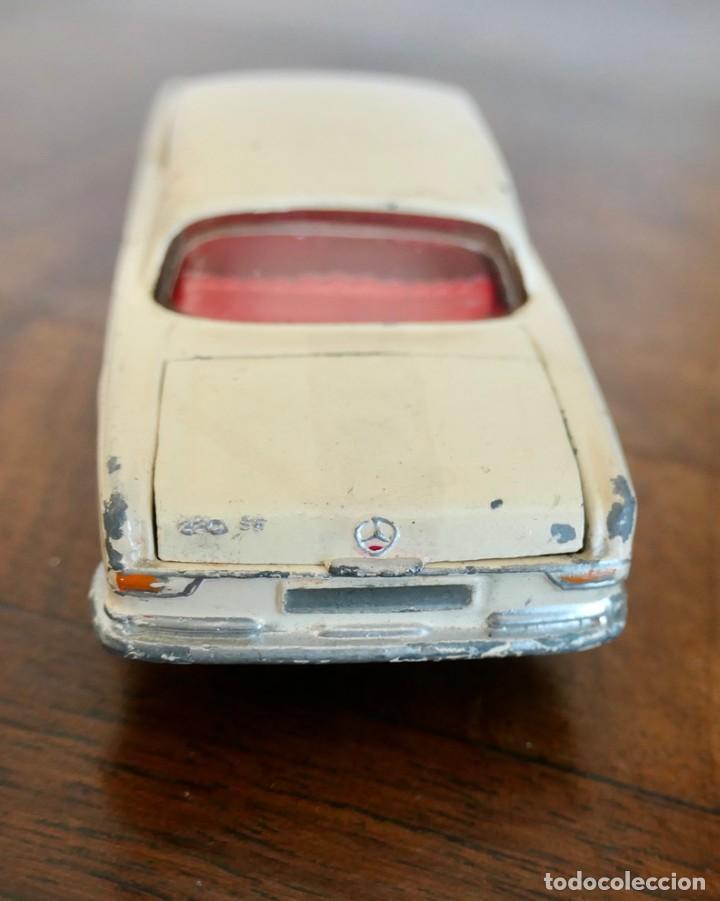 Coches a escala: 1960s Corgi Toys Mercedes-Benz 220 SE Coupé - Nº 230 - Foto 5 - 278208383
