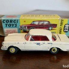 Coches a escala: 1960S CORGI TOYS MERCEDES-BENZ 220 SE COUPÉ - Nº 230. Lote 278208383