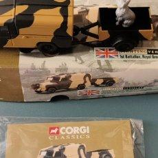 Auto in scala: CORGI BRITISH ARMY LANDROVER& 2 WHEEL TRAILER. Lote 295707203