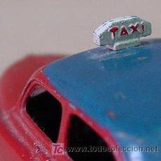 Coches a escala: DINKY TOYS SIMCA 9 ARONDE TAXI 24 U MADE IN FRANCE PAR MECCANO BICOLOR RARO. Lote 11522711