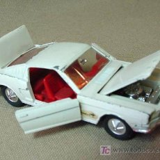 Coches a escala: AUTOMOVIL DINKY TOYS, FORD MUSTANG FASTBACK, Nº 161, FABRICADO POR MECCANO, MADE IN ENGLAND. Lote 19174814