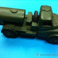Coches a escala: CAMION MILITAR DINKY TOYS ARMY WATER TANKER. Lote 24000705