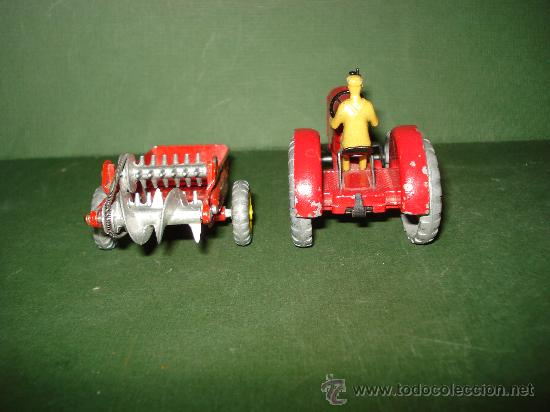 Coches a escala: DINKY TOYS. Nº . Año 1960s. TRACTOR y REMOLQUE MASSEY HARRIS . Meccano. Made in England. - Foto 8 - 28150603