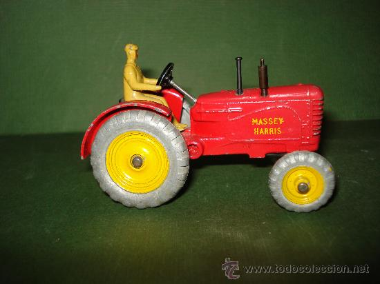 Coches a escala: DINKY TOYS. Nº . Año 1960s. TRACTOR y REMOLQUE MASSEY HARRIS . Meccano. Made in England. - Foto 4 - 28150603