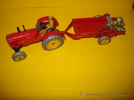 DINKY TOYS. Nº . AÑO 1960S. TRACTOR Y REMOLQUE MASSEY HARRIS . MECCANO. MADE IN ENGLAND. (Juguetes - Coches a Escala 1:43 Dinky Toys)