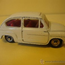 Coches a escala: 520 FIAT 600 DINKY TOYS AÑOS 1950-60. Lote 28916048