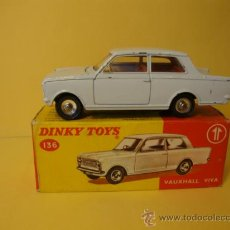 Coches a escala: 136 VAUXHALL VIVA WITH ITS ORIGINAL BOX DINKY TOYS AÑOS 1950-60. Lote 28916296