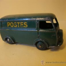 Coches a escala - Dinky 25b Covered Wagon 'POSTES' DINKY TOYS years 1950-60 - 28916765