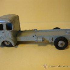 Coches a escala: 33 SIMCA CARGO TRACTORA DINKY TOYS AÑOS 1950-60. Lote 28916886