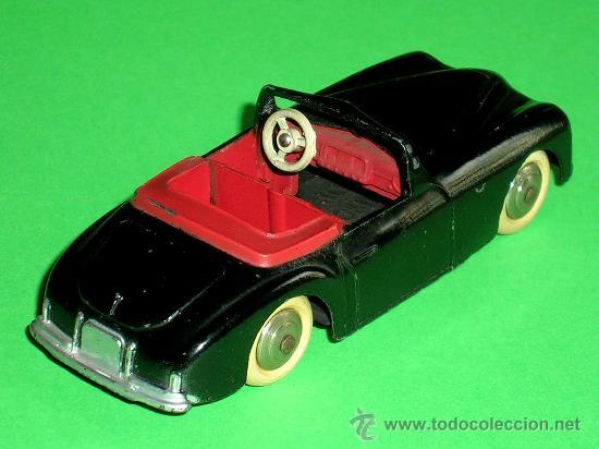 Coches a escala: Simca 8 Sport ref. 24S, fabricado en metal esc. 1/43 Dinky Toys, original años 50. Excelente. - Foto 4 - 29027112