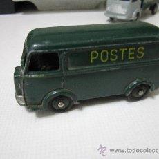 Coches a escala - Furgoneta Postes -Dinky Toys - Peugeot D 3A - Modelo 25 B - France par Meccano - 34117024
