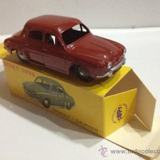 Coches a escala: DINKY TOYS 24E RENAULT DAUPHINE. COMPLETO VINTAGE DE 1957. MADE IN FRANCE: VER FOTOS. Lote 37546932