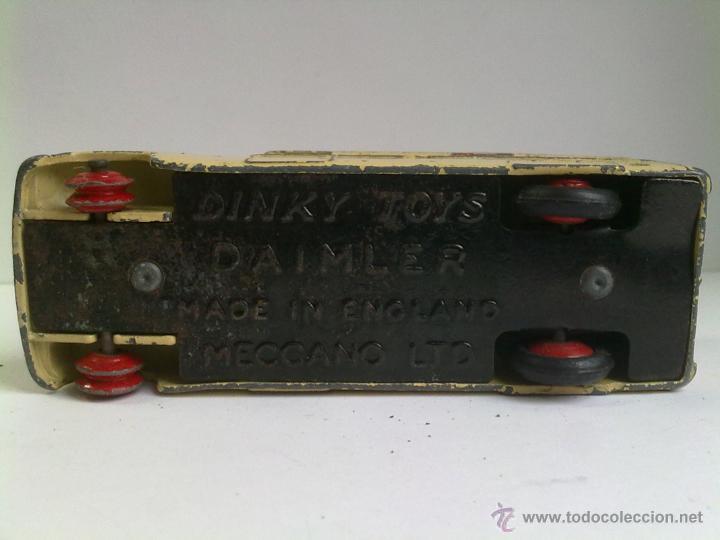 Coches a escala: Ambulancia Dinky Toys Daimler - Foto 3 - 51126395
