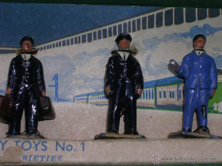 Coches a escala: Nº 1 DE DINKY STATION STAFF 1931 100% ORIGINAL . ESCALA 0 . CON CAJA - Foto 2 - 41449486