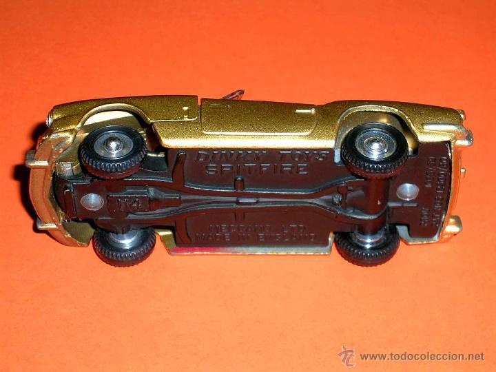 Coches a escala: Triumph Spitfire 114, fabricado en metal, esc. 1/43, Dinky Toys England, original años 60. - Foto 7 - 41490146