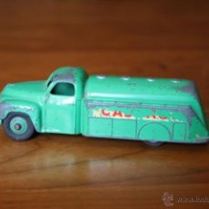 Coches a escala: OLD TANKER TRUCK CASTROL METAL COLLECTION DINKY TOYS-MECCANO LTD-MATCHBOX-GREEN COLOR. Lote 41657242