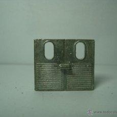 Coches a escala: PUERTA TRASERA FURGONETA CITROEN 2 CV DE DINKY TOYS 1,43. Lote 42580280