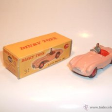 Model Cars - DINKY TOYS , ORIGINAL, ASTON MARTIN DB3S, MECCANO, REF. 104 . - 45400961