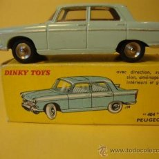 Coches a escala: 553 PEUGEOT 404 WITH ITS ORIGINAL BOX DINKY TOYS (YEARS 1950-60). Lote 28916012