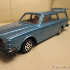 Coches a escala: DINKY TOYS VOLVO 265 DL ESTATE CAR, FAMILIAR. Lote 49383564