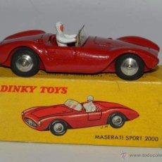 Coches a escala: COCHE MASERATI SPORT REF. 22A, METAL, WITH ITS ORIGINAL BOX DINKY TOYS, MECCANO, AÑOS 1950, BUEN EST. Lote 54385065