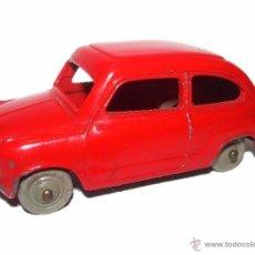 Model Cars - ANTIGUO COCHE FIAT 600..ESCALA 1/43...DINKY TOYS...Nº 183... ENGLAND. - 54228172