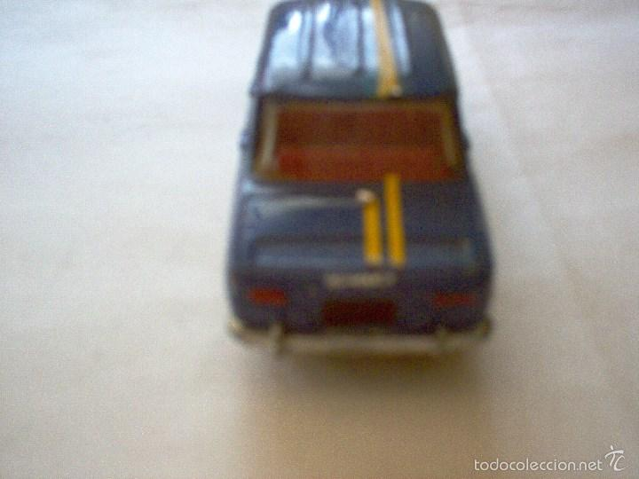 Coches a escala: Precioso Renault R8 de Dinky Toys - Foto 4 - 56517374