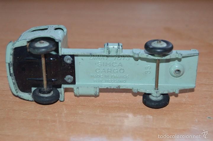 Coches a escala: SIMCA CARGO - DINKY TOYS MECCANO - 1/43 - MADE IN FRANCE - AÑOS 60 - MUY ANTIGUO Y RARO - MIRA! - Foto 8 - 58488087