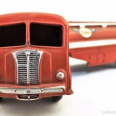 Coches a escala: DINKY TOYS 32 C CAMION CISTERNA PANHARD ESSO. Lote 61190231