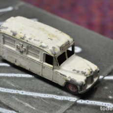 Coches a escala: DINKY TOYS AMBULANCIA. Lote 62030760