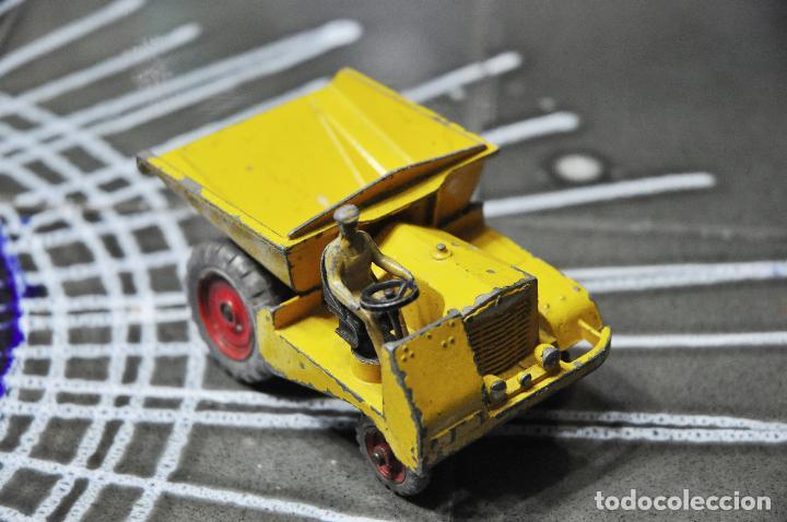 Coches a escala: Dinky Toys VOLQUETE - Foto 4 - 62030984