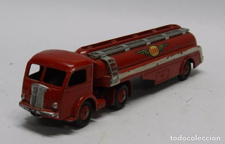 CAMIÓN CISTERNA, TRACTEUR PANHARD, ESSO Nº 32C, DINKY TOYS, MADE IN FRANCE BY MECCANO, MIDE 18 DE LA (Juguetes - Coches a Escala 1:43 Dinky Toys)