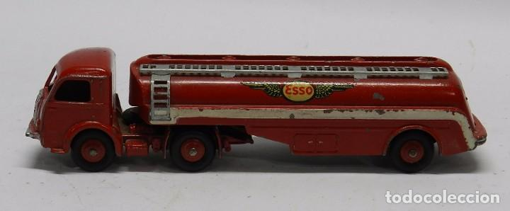 Coches a escala: Camión Cisterna, Tracteur Panhard, Esso Nº 32C, Dinky Toys, Made in France by Meccano, Mide 18 de la - Foto 2 - 64443823