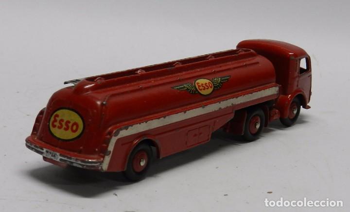 Coches a escala: Camión Cisterna, Tracteur Panhard, Esso Nº 32C, Dinky Toys, Made in France by Meccano, Mide 18 de la - Foto 4 - 64443823