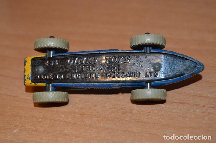 Coches a escala: ANTIGUO COCHE DE METAL - DINKY TOYS - 234 - FERRARI - MADE IN ENGLAND MECCANO LTD - Foto 8 - 68600697