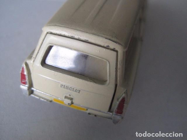 Coches a escala: COCHE - DINKY TOYS - FRANCE MECCANO - ANTIGUO - PEUGEOT BREAK 404 -VER FOTOS -(V-10.860) - Foto 5 - 85638112