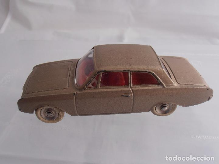 Coches a escala: COCHE FORD TAUNUS MECCANO, DINKY TOYS, MADE IN FRANCE - Foto 3 - 85706980