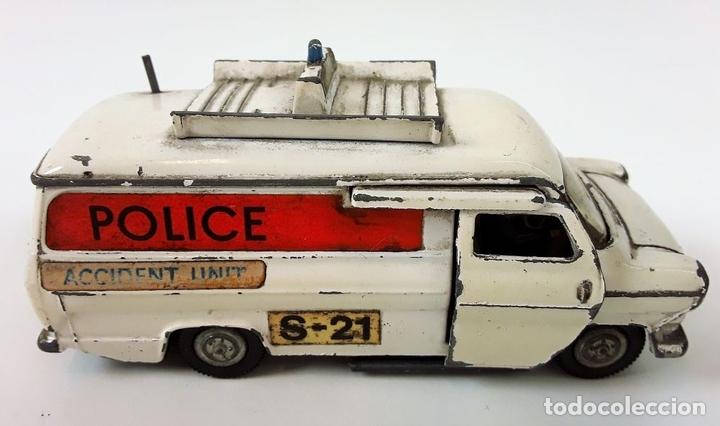Coches a escala: FURGONETA DE POLICIA. FORD TRANSIT VAN. METAL. ESC 1/43. DINKY TOYS. REINO UNIDO. CIRCA 1950. - Foto 5 - 90955530