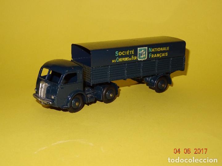 Coches a escala: Antiguo Camión con Toldo PANHARD de SNCF de DINKY TOYS Made in France por MECCANO - Foto 5 - 95048623