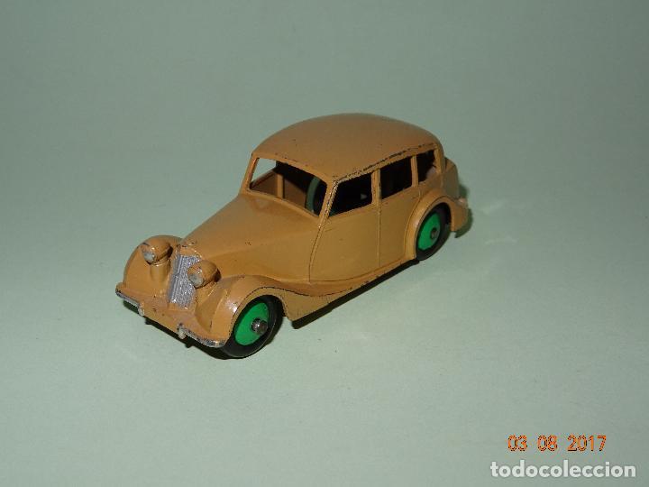 ANTIGUO TRIUMPH DE DINKY TOYS - MADE IN ENGLAND POR MECCANO (Juguetes - Coches a Escala 1:43 Dinky Toys)