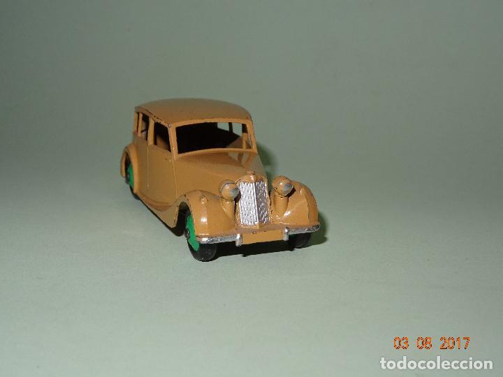 Coches a escala: Antiguo TRIUMPH de Dinky Toys - Made in England por MECCANO - Foto 3 - 95152135