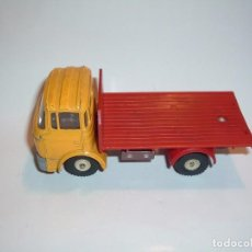 Coches a escala: DINKY TOYS, BERLIET BREWERY TRUCK, REF. 588. Lote 98686131