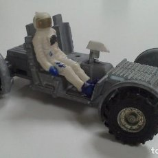 Coches a escala: LUNAR ROVING VEHICLE. DINKY TOYS. MADE IN ENGLAND, AÑOS 60. Lote 109812195