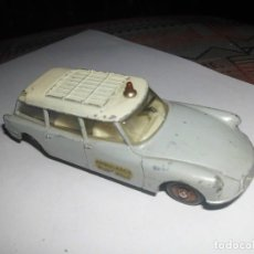 Coches a escala: CITROEN BREAK ID 19 AMBULANCE DINKY TOYS. Lote 112893543