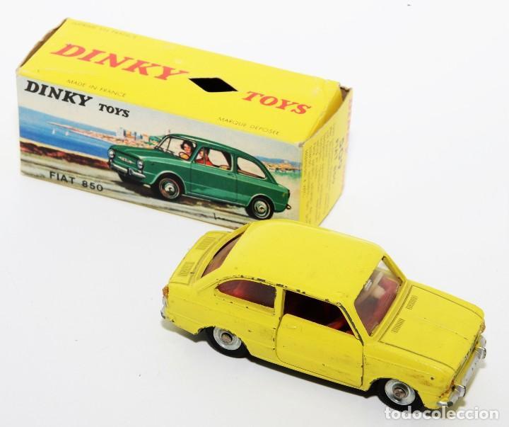 DINKY TOYS 509 - FIAT 850 AMARILLO - INTERIOR ROJO - AÑOS 60 - CON CAJA (Juguetes - Coches a Escala 1:43 Dinky Toys)